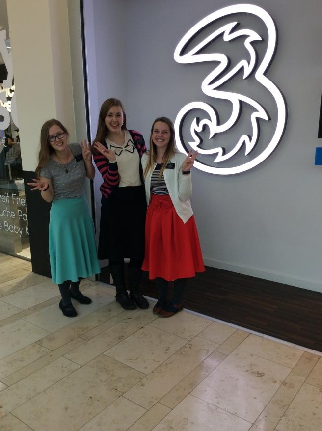 Sister Moore, Sister Gunderson, and me! Wien drei dritt! :)