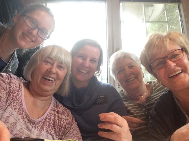 Lunch with Schw. Jelenek and 2 of her friends!! So much Wienerisch!!