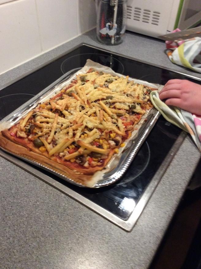 Pommes Fritas pizza!!! #ILoveTausch